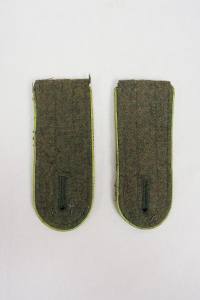 Wehrmacht M44 Shoulder boards Gebirgsjäger old fabric