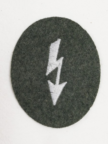 Wehrmacht M36 Funker Blitz sleeve badge