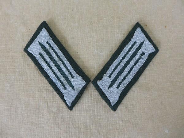Wehrmacht standard collar mirror Heer Mannschaften on M36 underlay