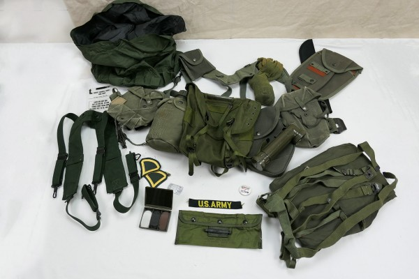 Type M-1956 webbing US Army Vietnam Assault Pistol Belt Bags Pouches Cover Torch Patches #4