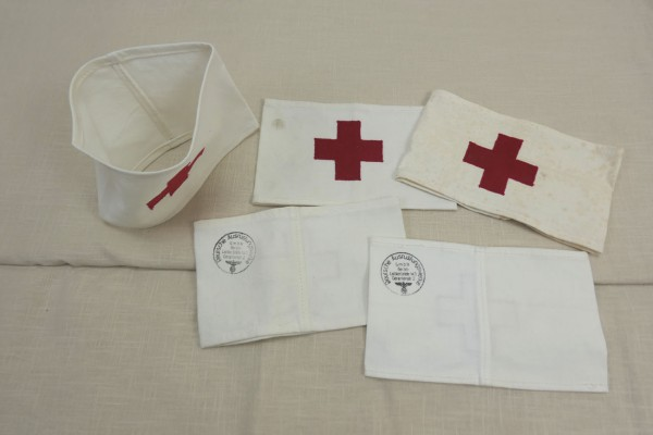 Wehrmacht armband paramedic Red Cross