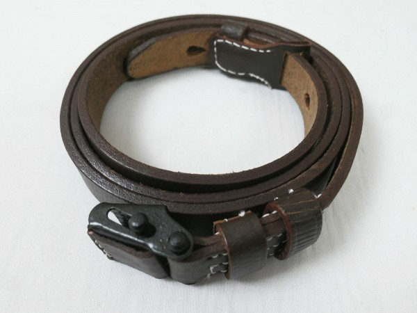 WH Carabiner K98 Strap Brown / Leather Carrying Strap Leather Strap 98K Frog