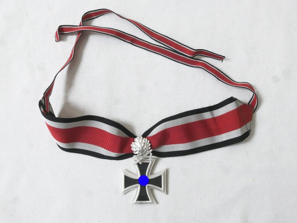 Wehrmacht Knight Cross of the Iron Cross with oak leaves / swords and collar band