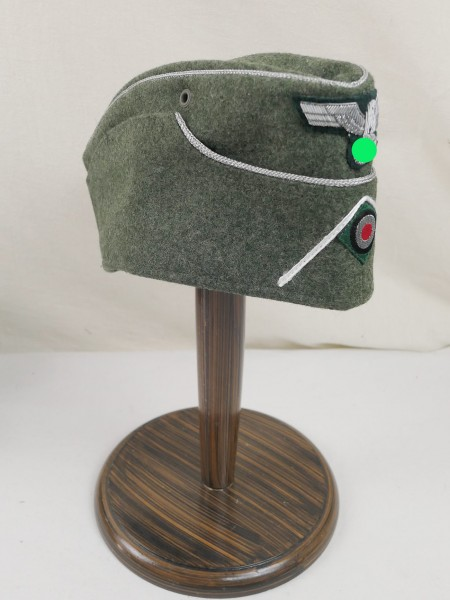 Wehrmacht Heeres side cap officer Gr. 59 completely effectuated