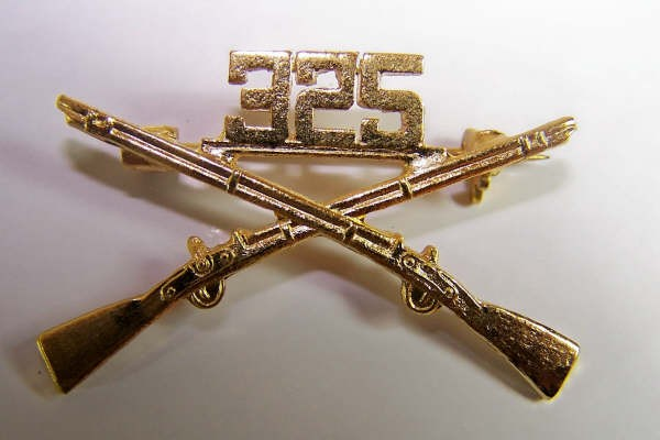 US Army 325th BOS branch of service collar badge pair
