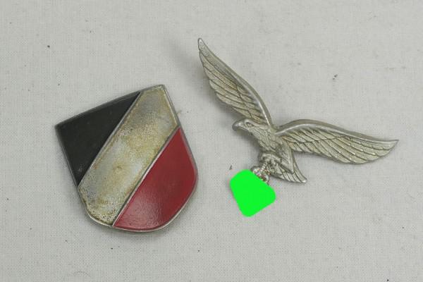 Wehrmacht 2x helmet badge pith helmet Luftwaffe LW
