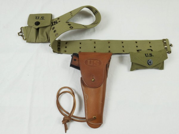 Pistol Belt with US Army Colt M1911 antique caliber.45 Denix Deco in Holster + Ammo / first aid Pouches