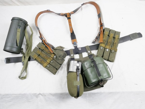 MP40 belt kit - Y-strap haversack magazine pouches leather belt belt buckle