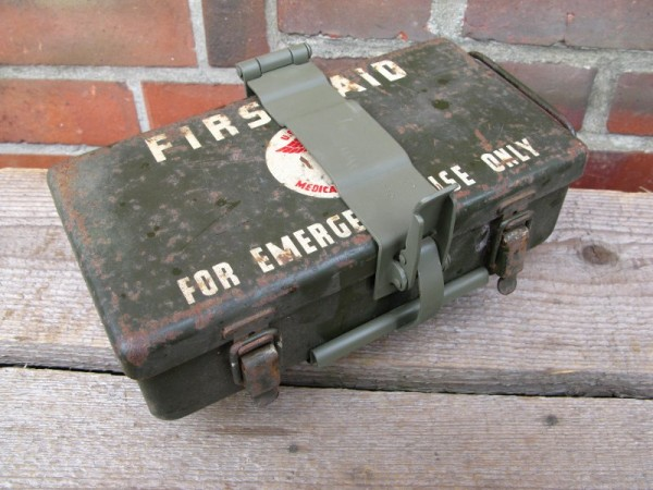 First Aid Kit Box Holder for vehicle first aid kit Willy´s Jeep Hotchkiss Ford GPW