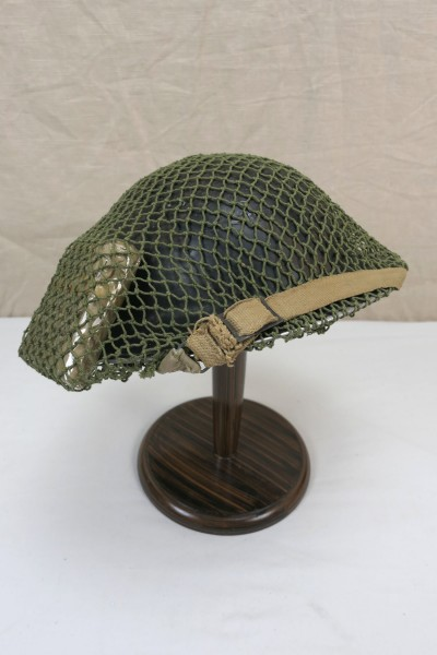 WW2 plate helmet British steel helmet Gr.55 with inside helmet 1939 + chinstrap + helmet net + field dressing