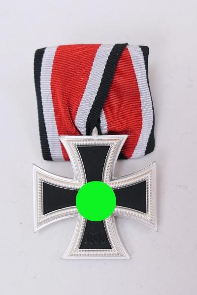 Wehrmacht WK2 EK2 on ribbon medal clasp