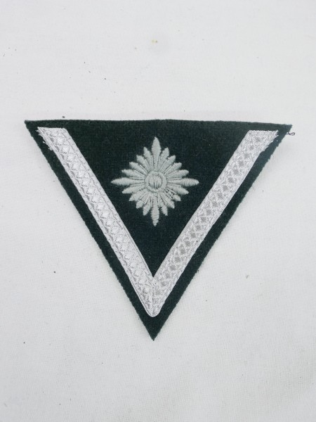 Badge of rank / lance corporal with more than 6 years of service