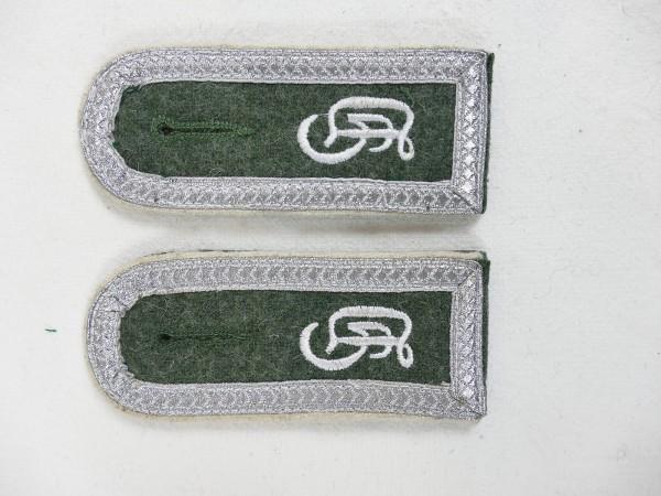 Wehrmacht pair of epaulettes Großdeutschland GD Feldwebel for field blouse M40