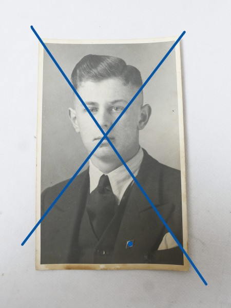 Portrait Young man with HJ badge 8.4 x 13.4 Hitler Youth