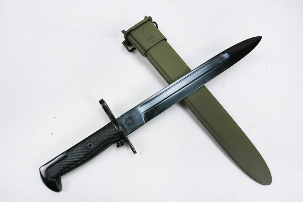 WWII bayonet for M1 Garand knife combat knife with scabbard olive
