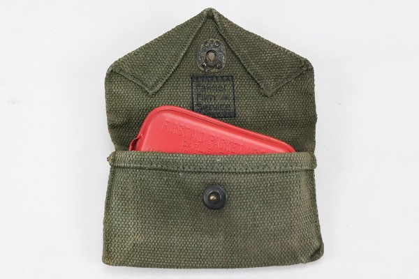 Original US Army First Aid Kit M-1942 Pouch + Dressing Packet /First Aid Kit + Bandage