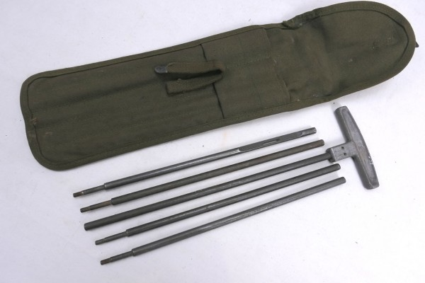 Original WW2 US Army M15 Cleaning Rod + Case + Bag for 50 Cal. 1944