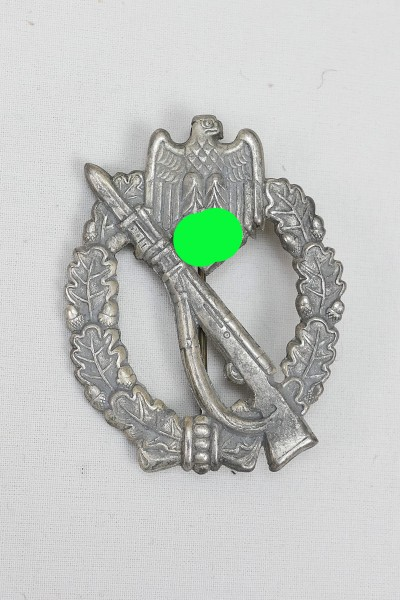 ISA Infantry Storm badge / Infanterie Sturmabzeichen