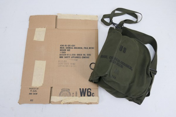 Original US gas mask M17A1 with bag + box Mask Protective Field M17 - 1980s