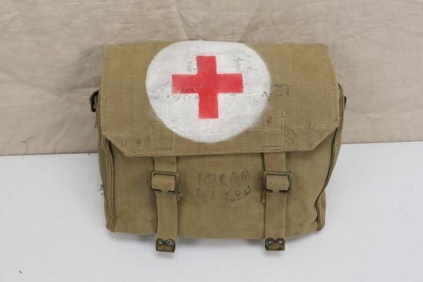 Original British Army red Cross webbing bagSanitary bag Red Cross model WW2